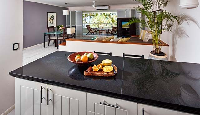 Kitchen Alamanda Palm Cove