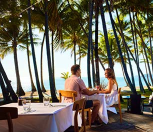 Beachfront restaurant Palm Cove