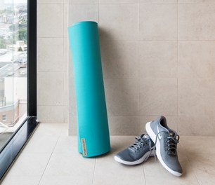 free complimentary extra gym yoga sydney hotel boutique hotel