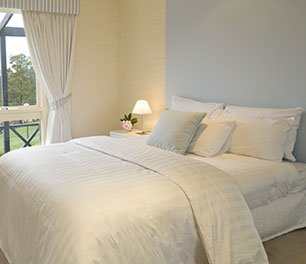 Accommodation Lancemore Hill