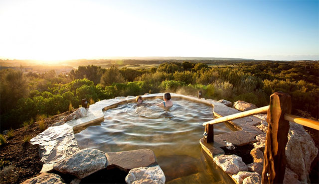 Peninsula Hot Springs package at Lindenderry