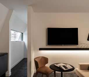 Lancemore Crossley St. Melbourne CBD Luxury Accommodation Romeo Suite